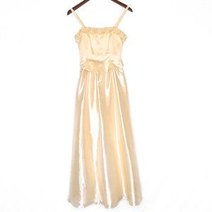 Roberta Soft Yellow Gown with Roses